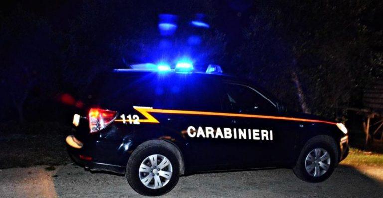 Blitz dei carabinieri in una discoteca del litorale: scoperti venti lavoratori impiegati 'in nero'