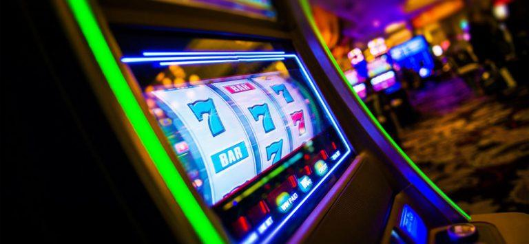 Business del gioco d'azzardo e ludopatia: il dr. Antonio De Donno ne parla a UniTre