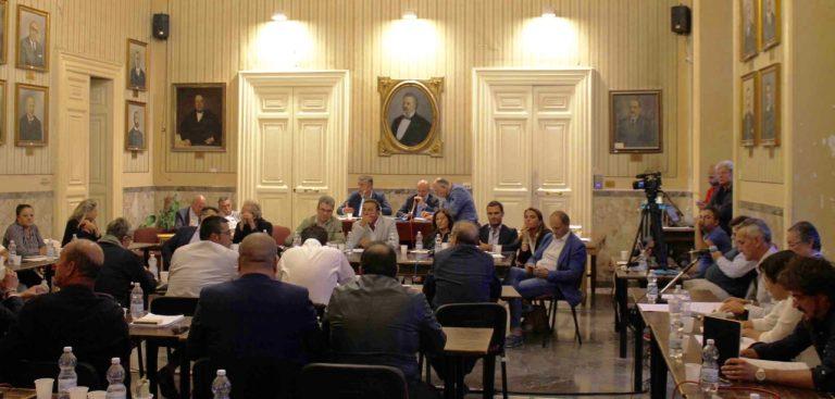 Consiglio comunale: la maggioranza approva l'assestamento di bilancio