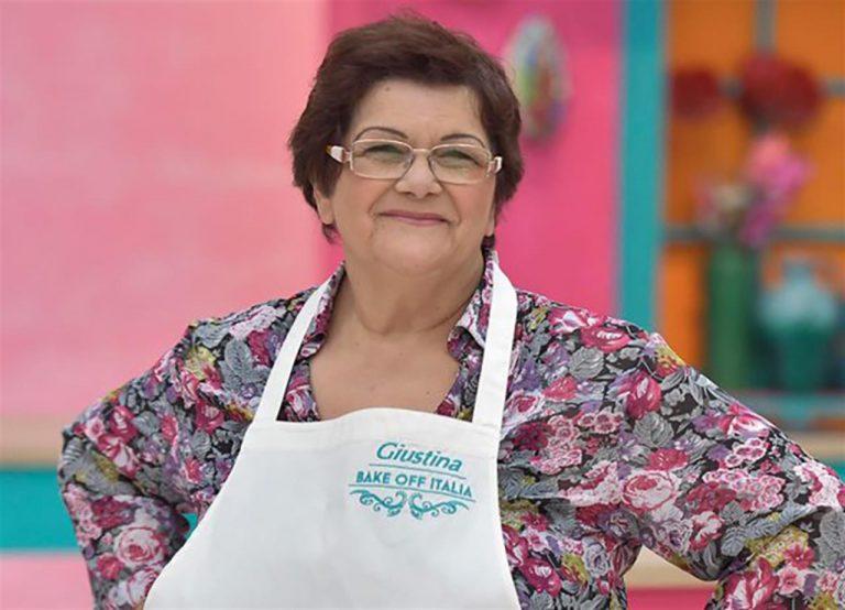 Giustina Dibello a Ostuni per presentare il suo libro sui dolci