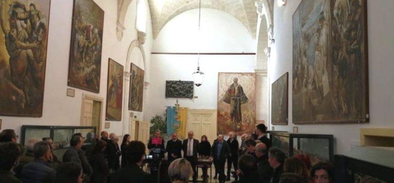 Il sindaco Guglielmo Cavallo porge gli auguri di Natale alla cittadinanza ostunese