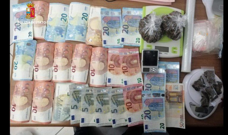 Detenzione ai fini di spaccio: arrestata coppia di coniugi e sequestrati 66 grammi di marijuana