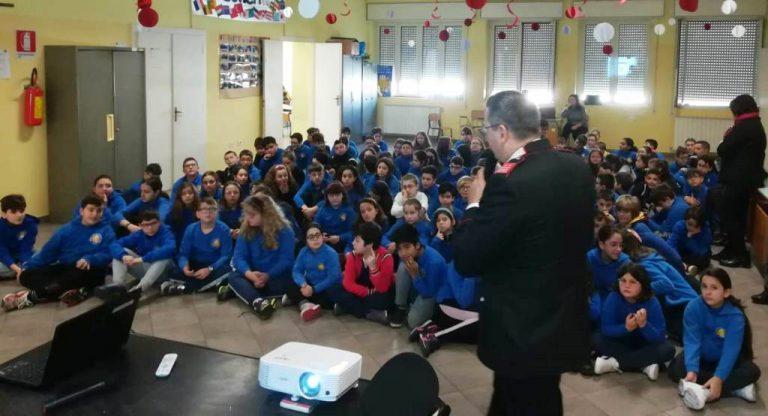 Cultura della legalità: i Carabinieri incontrano gli alunni della scuola elementare Giovanni XXIII