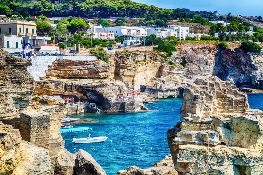 Puglia meta ideale per i turisti stranieri: nel 2019 ne arrivano l'11,5% in  più - Ostuni News